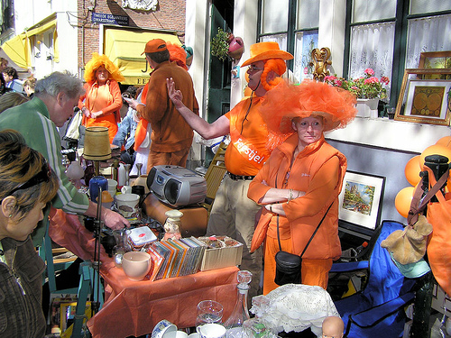 29-avril-pays-bas-queens-day-vrijmarkt.jpg